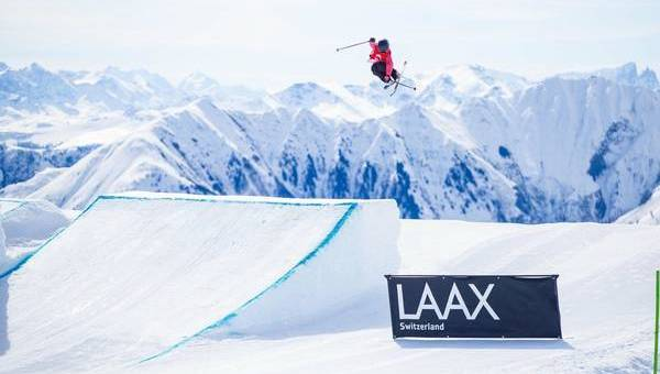 The ski twins conquer LAAX