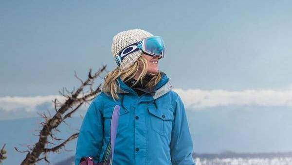 4 things to consider when buying ski and snowboard goggles