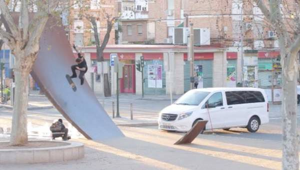 When skateboarding lifts you off the ground: Bam Margera